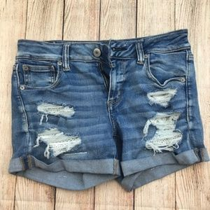 AE Midi Super Stretch Distressed Shorts Size 10